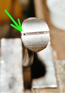 Резка колец для изготовления кольчуги