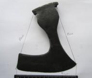 Размеры боевого бородатого топора