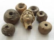 Римская, голова Фортуны + каменные прясла большие