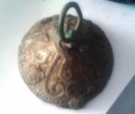 навершие украшенное характерным трилистником «крином»