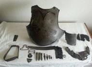 Рыцарская кираса - нагрудник 15 века, пряги, арбалетные болты
