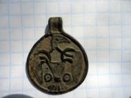 Древнерусская привеска с орнитоморфным изображением (Сокол). Вторая половина Х - первая половина ХI века
