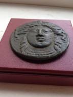Тетробол (Асс) голова Деметры, Оливия