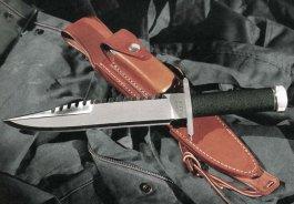 нож из фильмов про Рэмбо