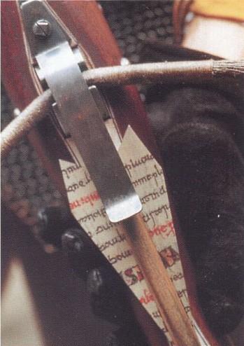 Арбалетная стрела болт