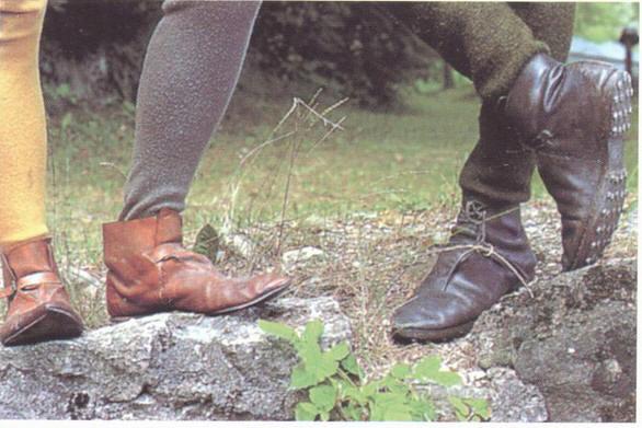 Как сшить средневековые ботинки 63