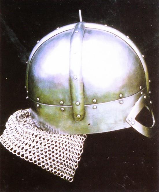 Шлем гьермундбю