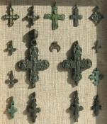 Энколпионы и крестики Киевской Руси, лунница