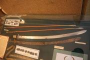 Сабля поясной набор (оригинал и реконструкция). Стрела с позолоченым наконечником.
