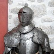 Полный рыцарский средневековый доспех, 16 век