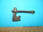 Амулет топорик с бронзовой ручкой