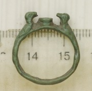 Бронзовый зооморфный перстень Киевской Руси