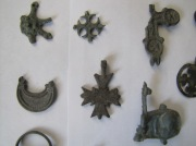 Кресты-энколпионы, кольца, обломок лунницы, перстень
