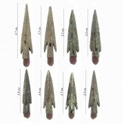 Восемь бронзовых наконечников стрел скифского типа IVв.до н.э.