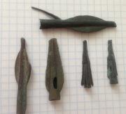Заготовки бронзовых наконечников стрел