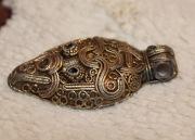 Подвеска 9-11в.в - голова змеи (серебро в позолоте)