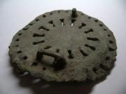Восточно-европейская эмалированная фибула-бляха Кон. IV -сер.Vвв,