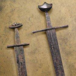 два меча 13 века