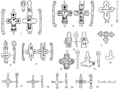 Кресты-тельники металлические: 1, 7, 10 — Лесковое; 2, 5, 8-9, 14 — Горица; 3-4, 12-13 — Автуничи; 6 — Сибереж; 11 — Шумлай