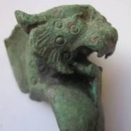 Голова хищного зверя, бронзовая часть ножки римской шкатулки
