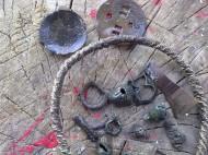 Предметы, сопутвующие проволочной серебряной гривне