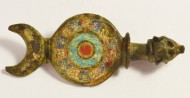 Римская фибула в эмалях
