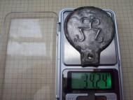 сарматское бронзовое зеркало с тамгой, вес 34 грамма