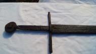 Рукоять меча с крестовиной 10 стиля и навершием типа K по Э. Окшотту