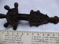 Пятипалая бронзовая фибула Пеньковской к-ры