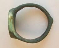 Перстень бронзовый с гербом