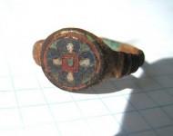 Перстень в перегородчатых эмалях с остатками позолоты