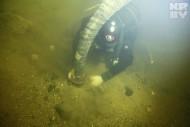 Дайверы работали под водой и днем, и ночью