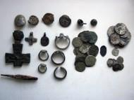 Монеты, перстни и прочее сер. 17 века