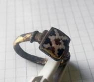 Перстень позолоченный с перегородчатой эмалью, 12-13 век
