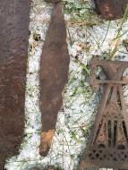 Кинжал и нож, сопутсвуют фибуле Киевской культуры