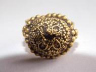 Древнерусский золотой перстень украшенный зернью