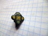 Перстень с эмалированным щитком квадрифолийной формы, конец 11 - 12 век