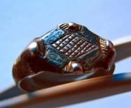 Золотоордынский перстень с рогами и чернением.