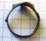 Оловянный перстень«Крин» процветший крест. XII - XIII в.