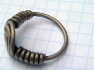 Спиралевидный серебряный перстень Черняховской культуры