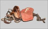 монгольское раннесредневековое седло из погребения в горах Алтая