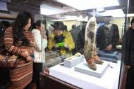 знаменитые сапоги «Adidas» из Узуур Гьялана в музее