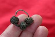 Древнерусский трехбусенный колт, размеры