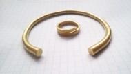 Золотые браслет и накосник Пеньковской культуры