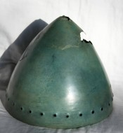 Шлем бронзовый 9-7 века до н.э.