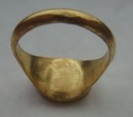 Античный золотой перстень
