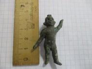 Маленькая античная бронзовая статуэтка «Амур с факелом»