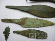Древние бронзовые + древний набор для шитья
