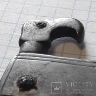 Голова грифа готской пряге