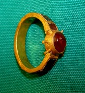 Драгоценности найденные во время раскопок в в Гянджа-Газахской зоне Азербайджана